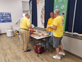 Brevard Backyard Beekeepers Inc members share their love of Honey bees at our monthly meetings.